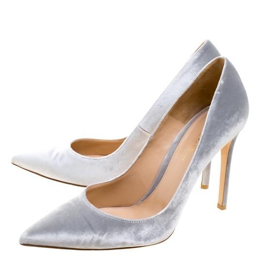Gianvito Rossi Pointed Toe Grey Pumps Image 4