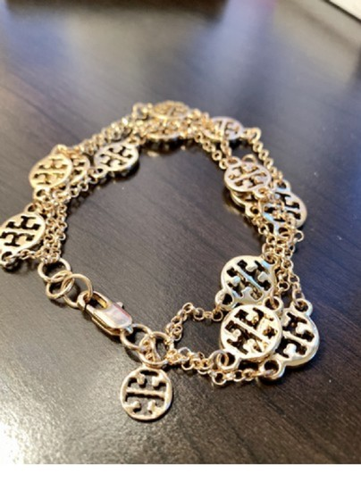 Tory Burch New In Gift Box--no Tags-triple Strand Treva Logo- Image 6