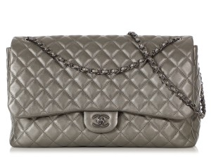 Chanel Ch.q1021.09 Metallic Ruthenium Xl Shoulder Bag