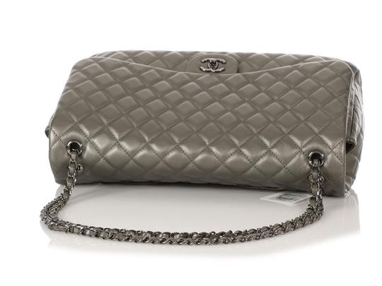 Chanel Ch.q1021.09 Metallic Ruthenium Xl Shoulder Bag Image 6