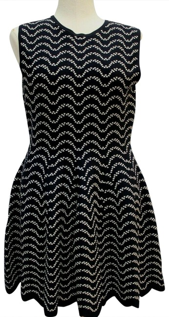 Preload https://img-static.tradesy.com/item/26427478/ted-baker-blackwhite-new-knit-jacquard-sleeveless-tb-us-mid-length-workoffice-dress-size-12-l-0-2-650-650.jpg