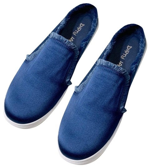 Preload https://img-static.tradesy.com/item/26427540/dirty-laundry-blue-satin-and-fringe-mule-slip-on-sneakers-size-us-8-regular-m-b-0-1-540-540.jpg