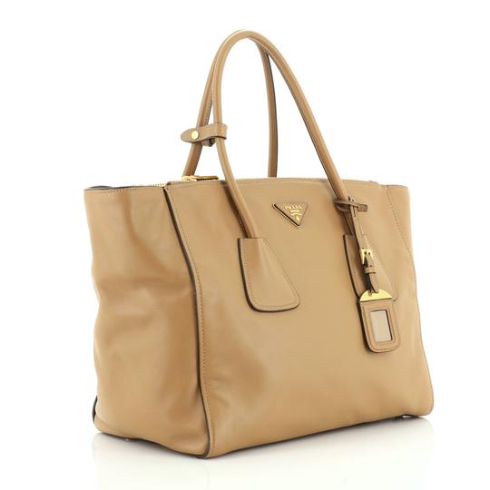 Prada Leather Tote in neutral Image 1