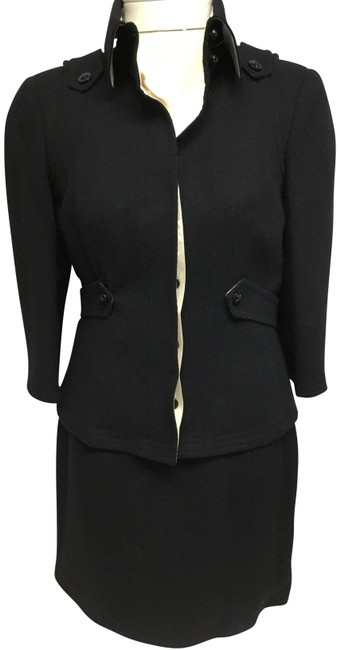 Item - Black Fitted Jacket with Cream Silk Lining and Matching Skirt Suit Size 4 (S)