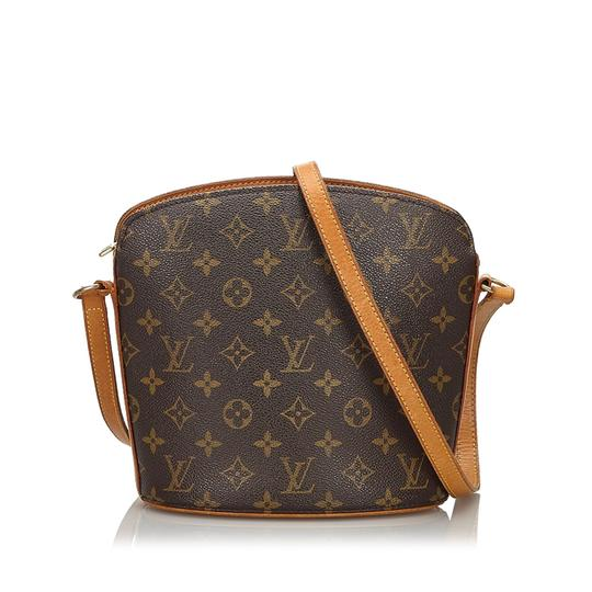 Preload https://img-static.tradesy.com/item/26428973/louis-vuitton-drouot-monogram-canvas-spain-brown-leather-cross-body-bag-0-0-540-540.jpg