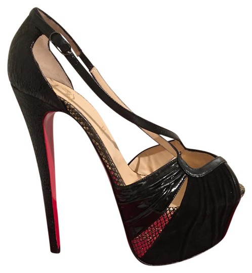 Preload https://img-static.tradesy.com/item/2643142/christian-louboutin-black-divinoche-platform-40-pumps-size-us-9-0-2-540-540.jpg