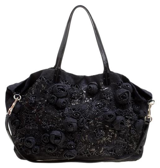 Preload https://img-static.tradesy.com/item/26432348/valentino-dark-blueblack-sequin-beaded-floral-applique-tote-blue-canvas-and-patent-leather-clutch-0-2-540-540.jpg