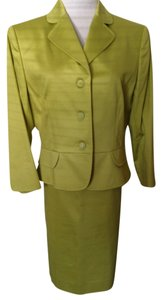 Tahari Pastel Green Peplum Jacket W/ Antique Buttons