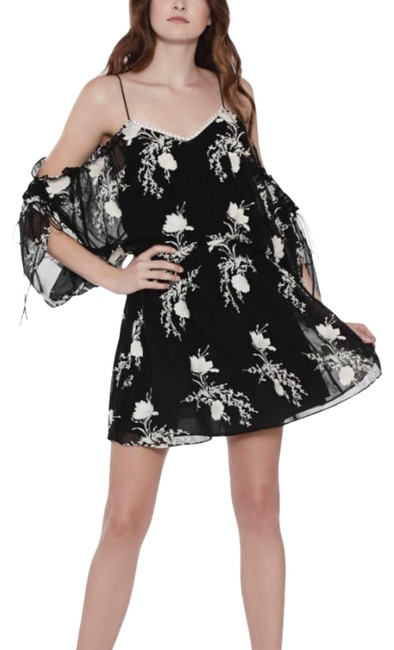 Alice + Olivia And Short Night Out Dress Size 4 (S) Alice + Olivia And Short Night Out Dress Size 4 (S) Image 1