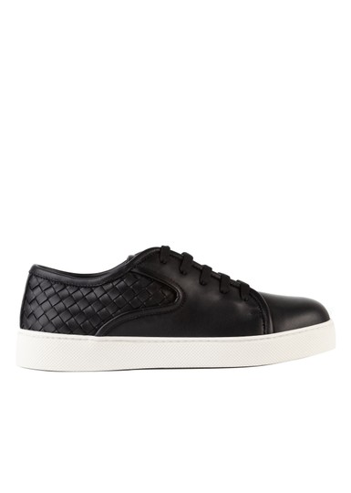 Preload https://img-static.tradesy.com/item/26433732/bottega-veneta-black-intrecciato-dodger-lace-up-lc22-sneakers-size-us-9-regular-m-b-0-0-540-540.jpg