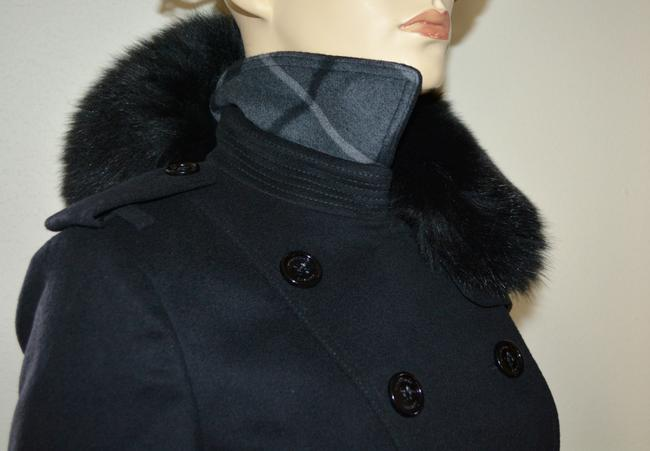 Burberry Black Wool Cashmere Removable Fox Fur Collar Us Eu 42 Coat Size 8 (M) Burberry Black Wool Cashmere Removable Fox Fur Collar Us Eu 42 Coat Size 8 (M) Image 8