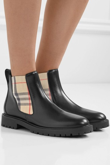 Burberry Boots Image 4