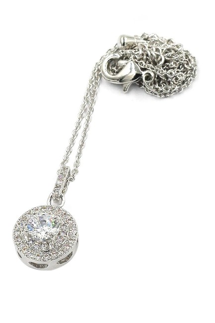 Item - Silver Shining Crystal Hollow Necklace