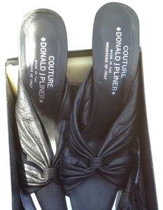 Donald J. Pliner Black With Metal Tips Pumps