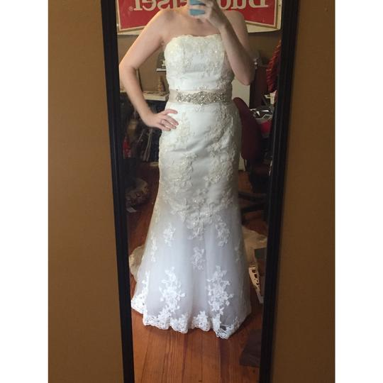 Alfred Angelo Ivory Lace A Line Beaded Gown Formal Wedding Dress Size 4 (S) Image 1