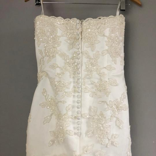 Alfred Angelo Ivory Lace A Line Beaded Gown Formal Wedding Dress Size 4 (S) Image 4