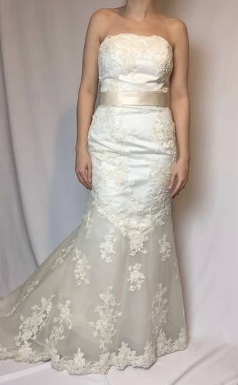 Alfred Angelo Ivory Lace A Line Beaded Gown Formal Wedding Dress Size 4 (S) Image 6
