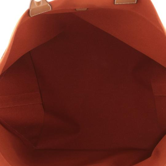 Hermès Leather Tote in brique Image 4