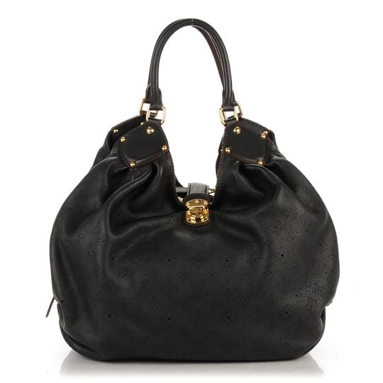 Preload https://item3.tradesy.com/images/louis-vuitton-mahina-xl-noir-perfect-conditon-black-lambskin-leather-shoulder-bag-26444547-0-0.jpg?width=440&height=440