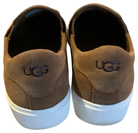 Preload https://img-static.tradesy.com/item/26444556/ugg-australia-brown-jass-bootsbooties-size-us-85-regular-m-b-0-1-540-540.jpg