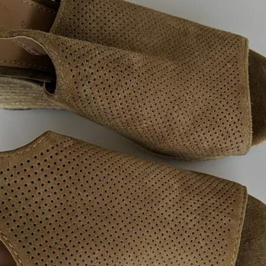Marc Fisher Tan Brown Wedges Image 6
