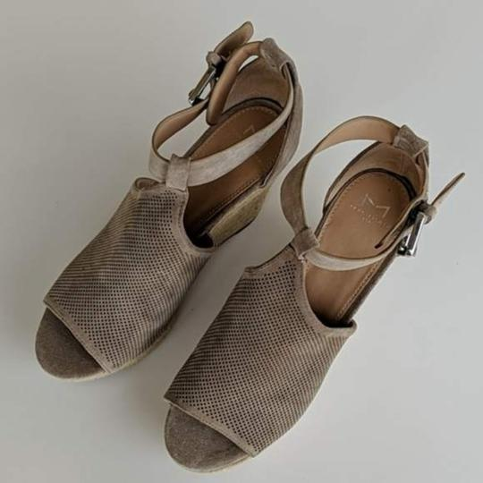 Marc Fisher Tan Wedges Image 6