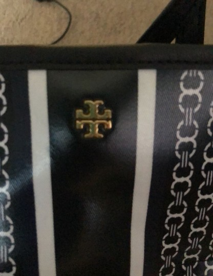 Tory Burch Tote in blue/white Image 5