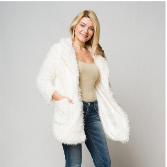 LA Fur Coat Image 2