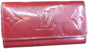 Louis Vuitton LV343 4 Key Holder Vernis Leather Monogram