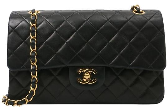 Preload https://img-static.tradesy.com/item/26447088/chanel-classic-flap-vintage-quilted-black-lambskin-shoulder-bag-0-2-540-540.jpg