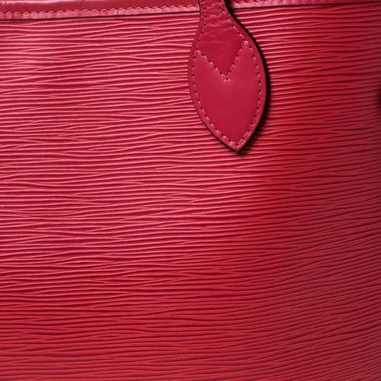 Louis Vuitton Leather Tote in Red Image 9