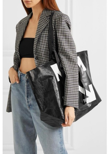 Off-White Tote in Black Image 2