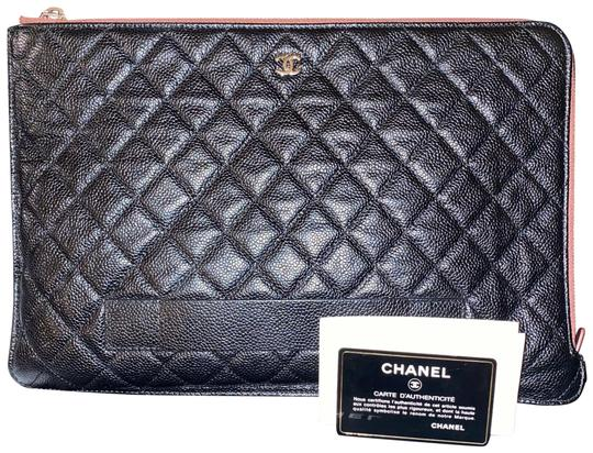 Preload https://img-static.tradesy.com/item/26447370/chanel-o-case-caviar-quilted-caviar-shw-cc-classic-tablet-laptop-black-calfskin-leather-clutch-0-2-540-540.jpg