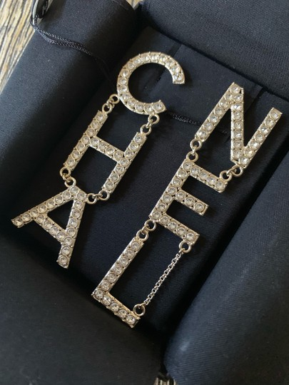 Chanel RUNWAY CHA NEL Letter Logo Crystal Gold Drop Statement Earrings Image 4
