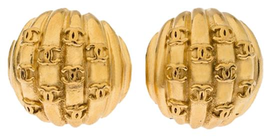 Preload https://img-static.tradesy.com/item/26447491/chanel-gold-plated-rows-of-cc-logo-vintage-clip-on-stud-earrings-0-2-540-540.jpg