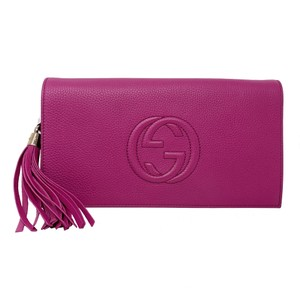 Gucci pink Clutch