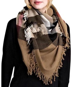 Burberry Burberry House Check Color Wool Square Scarf/Wrap