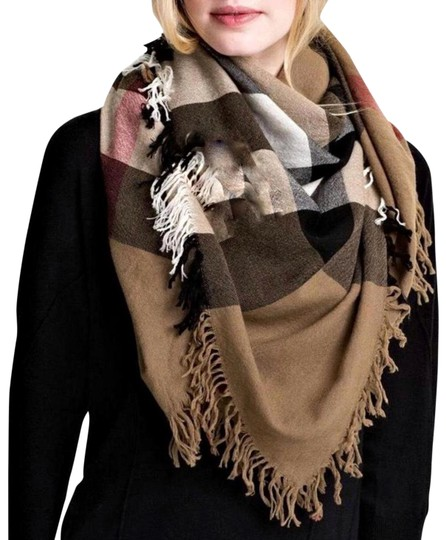 Preload https://img-static.tradesy.com/item/26448851/burberry-house-check-color-wool-square-scarfwrap-scarfwrap-0-4-540-540.jpg
