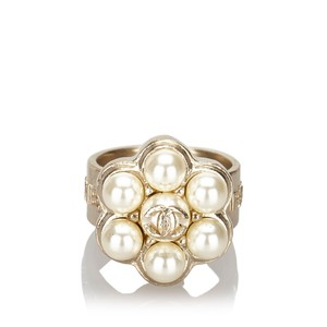 Chanel Chanel Metal CC Faux Pearl Ring