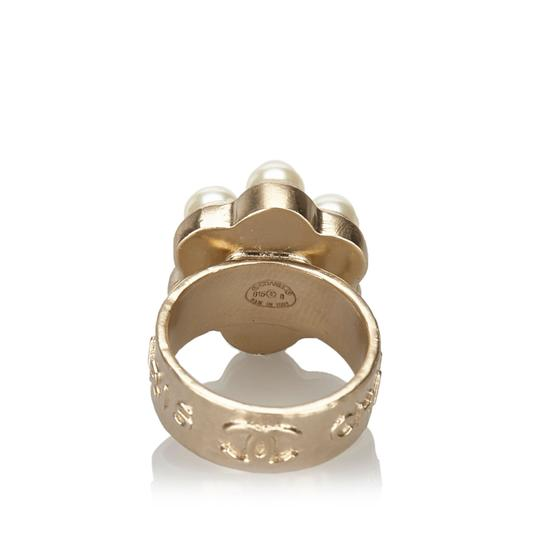 Chanel Chanel Metal CC Faux Pearl Ring Image 2