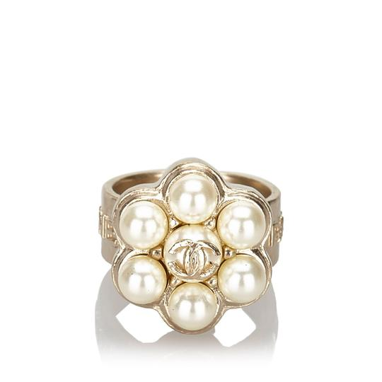 Chanel Chanel Metal CC Faux Pearl Ring Image 6
