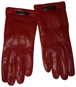 coach Coach Leather Swagger glove black cherry Women's size 8