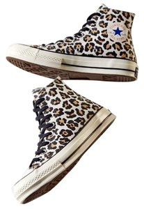 Converse Leopard Athletic