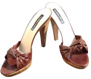 Claudia Ciuti Brown Sandals