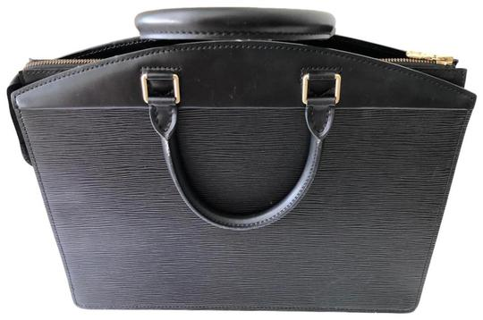 Louis Vuitton Satchel in black Image 10