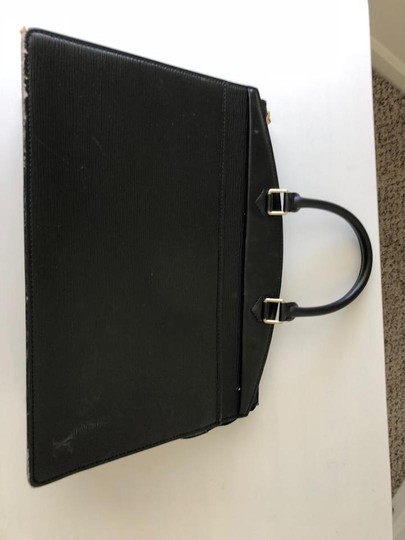 Louis Vuitton Satchel in black Image 11