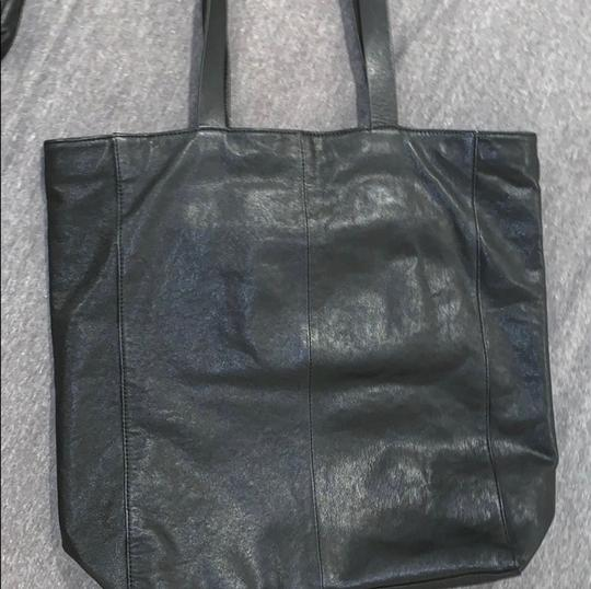 MCQ by Alexander McQueen Tote in black Image 3