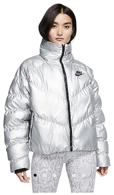 Preload https://img-static.tradesy.com/item/26454762/nike-silver-soft-warm-and-lightweight-activewear-size-0-xs-0-1-650-650.jpg