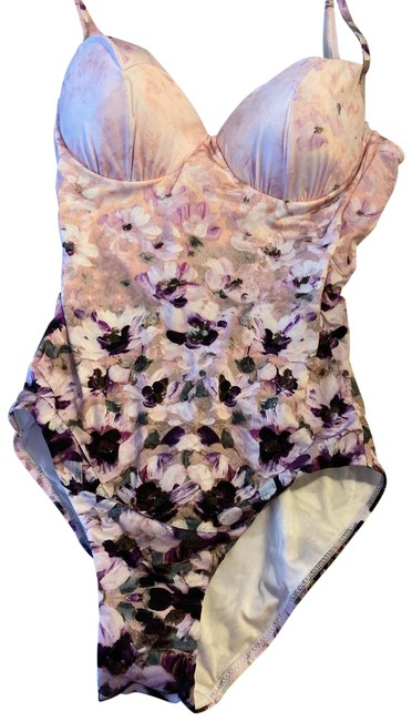 Preload https://img-static.tradesy.com/item/26455025/la-perla-lilac-daisy-dream-one-piece-bathing-suit-size-0-xs-0-1-650-650.jpg