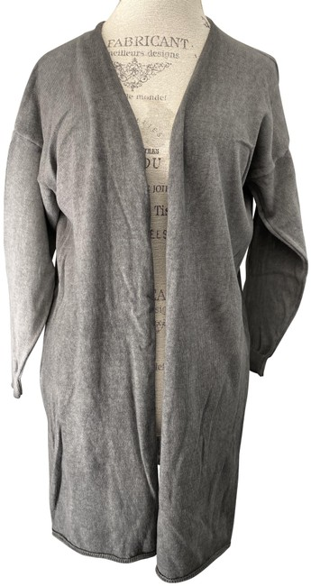 Preload https://img-static.tradesy.com/item/26455026/baci-gray-multiple-fashion-lightweight-sweater-new-with-tags-cardigan-size-12-l-0-1-650-650.jpg